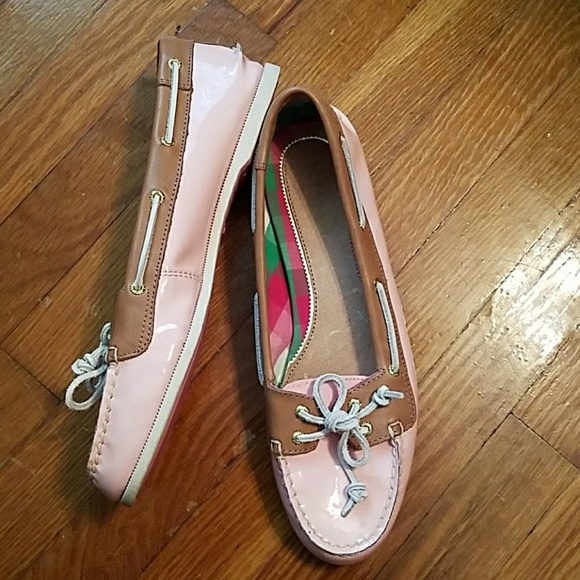 Sperry Shoes - Sperry Patent Leather Pink Loafers